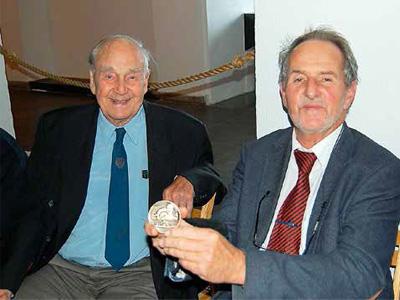 Wahl, Michelet og medaljen