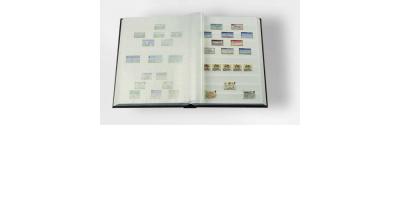 Sort frimerkealbum med 32 hvite sider