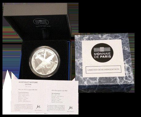 Spitfire-sølvmynt i skrin