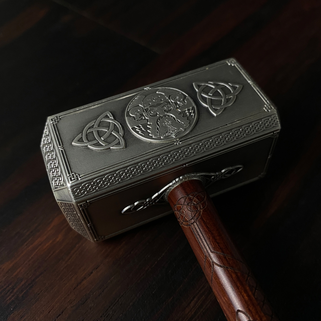 Thors hammer in silver