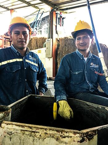 To av arbeiderne i gulvvaskeriet